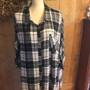 Beautiful soft black and white checked tunic.